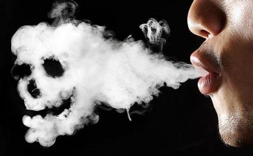 Hút thuốc gây Viêm phế quản mãn tính