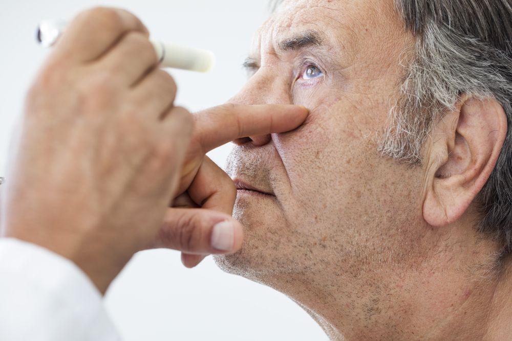 Mờ mắt do tiểu đường