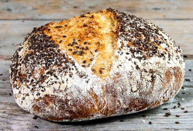 Bánh mì kết hợp hạt lanh